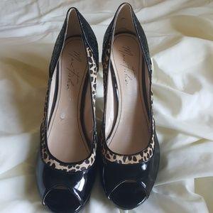 Marc Fisher 9.5M Stiletto Heels Black/tan print